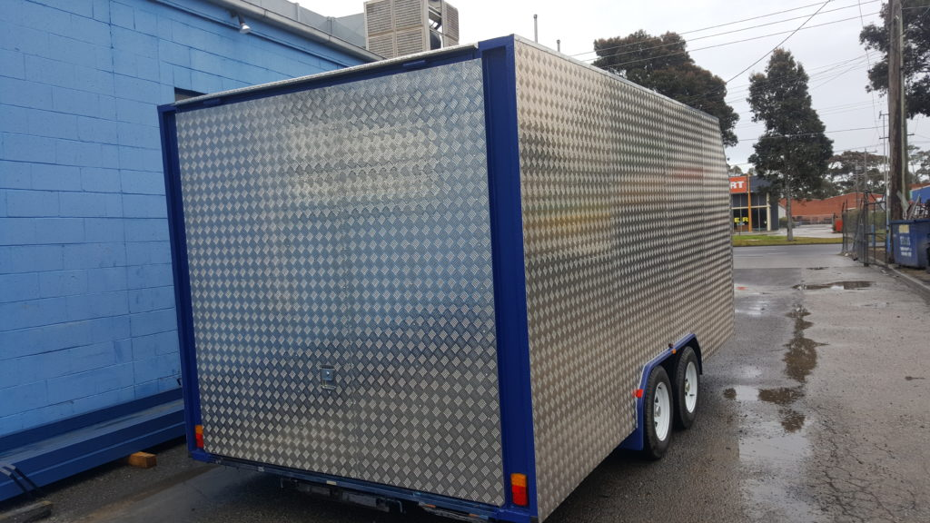 Enclosed Car Carrier Trailer 16x6'6